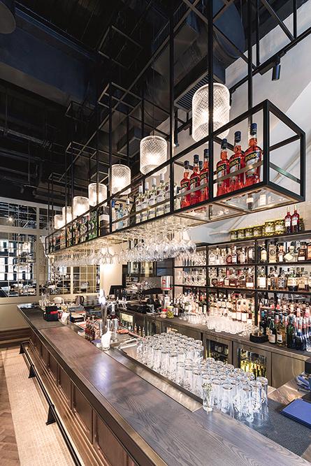 La Piola Restaurant & Bar