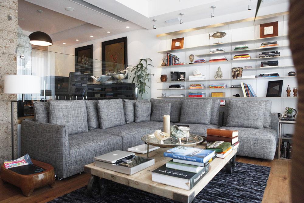 Golden Cove Apartment